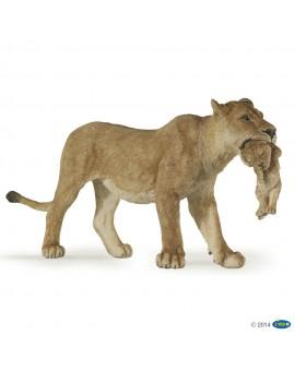Papo figurine Lionne avec lionceau